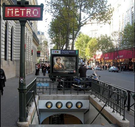 metro chaussee d'antin la fayette