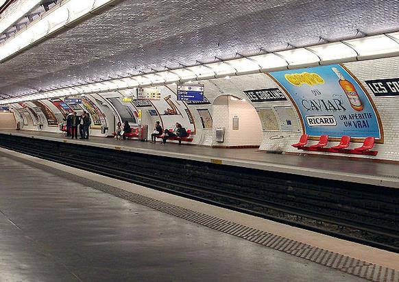 metro les gobelins