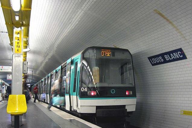 metro louis blanc