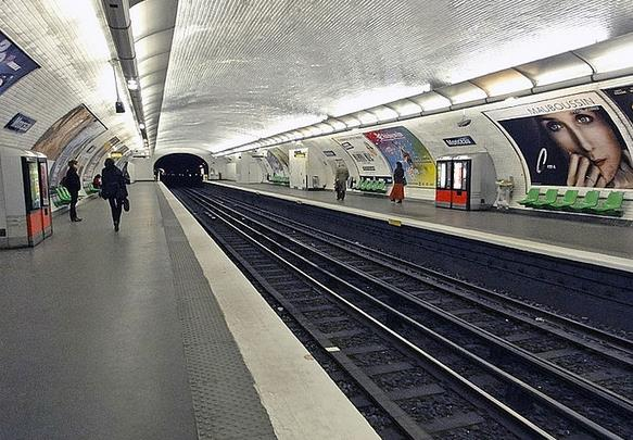 metro-monceau