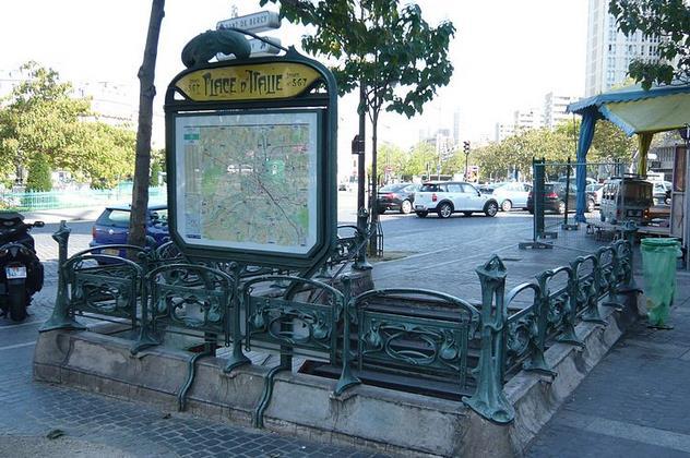 metro place d'italie